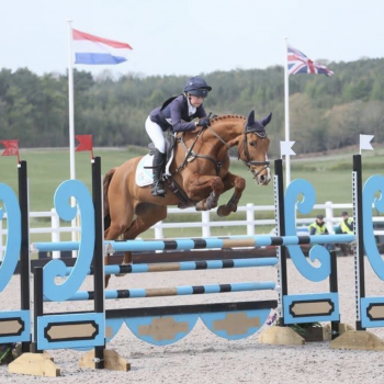 Xanthe De Wesselow, Houghton Country sponsored rider, showrjumping